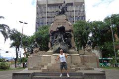 Dinho-no-Centro-de-Santos-10