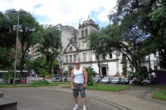Dinho-no-Centro-de-Santos-11